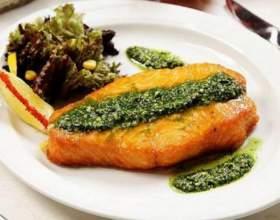 Рыба-меч под сырным соусом песто фото