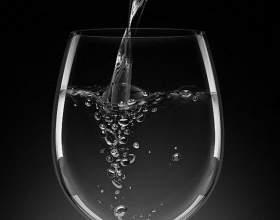 Щелочная минеральная вода для здоровья: как принимать фото