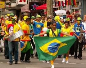 Сколько официальных языков в бразилии фото
