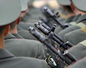 Сколько служат в армии беларуси фото