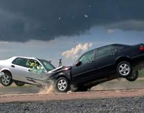 Сколько стоит застраховать машину фото