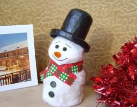 Снеговик из ваты своими руками фото