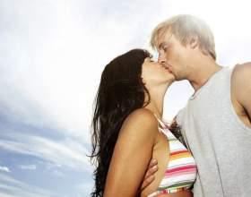 К чему снится поцелуй фото