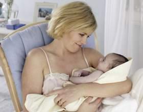 Как давать грудь ребенку фото