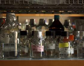 Как отличить метанол от этанола фото