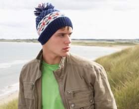 Как связать мужскую шапку крючком фото