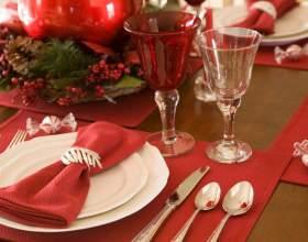 Как украсить новогодний стол своими руками фото