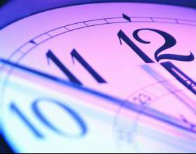 Как узнать точное время по телефону фото