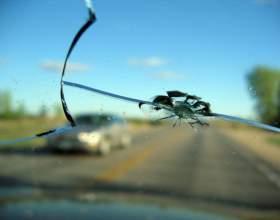 Как вставить стекло в машину фото