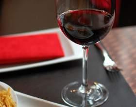 Как выбрать сухое красное вино фото
