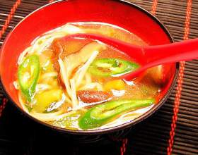 Суп с грибами шиитаке фото