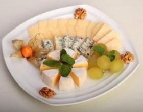 Сырная тарелка - оформление по правилам фото