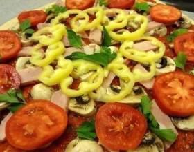 Тонкая итальянская пицца фото