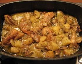 Тушеный кролик с картошкой: рецепт фото