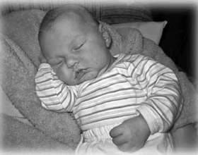 Учимся укладывать ребенка спать фото