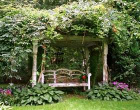 Уголок отдыха в саду фото