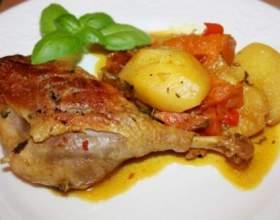 Утиное мясо, тушеное в пиве с картофелем фото