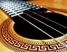 В чем различия между ритм-гитарой и соло-гитарой фото