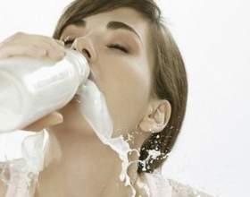 Вредно ли пить молоко взрослым? фото