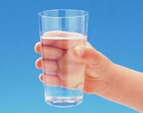 Вредно ли постоянно пить минеральную воду фото