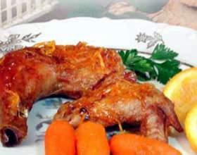 Запеченная курица с глазированной морковью фото